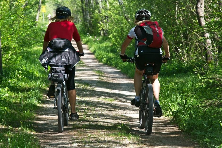 ชวนเพื่อนมาปั่นจักรยานรับลม แล้วมาชมวิถีชีวิตและธรรมชาติ ณ พระประแดง…