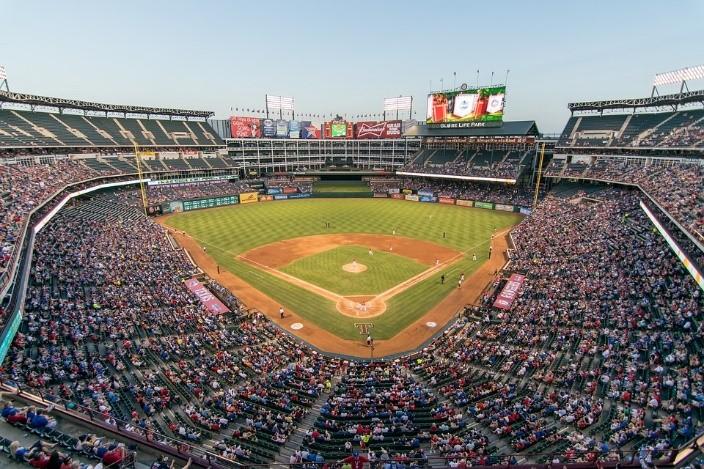 Major League Baseball ความใฝ่ฝันของนักเบสบอลที่ไม่มีแค่ในการ์ตูน
